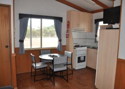 baxters-cabin-kitchen