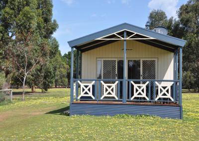 lonzars-cabin